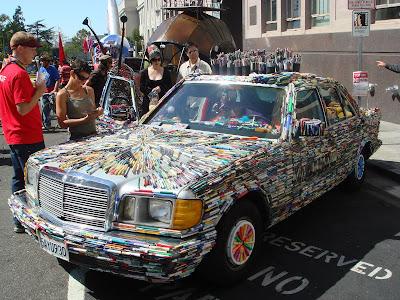 [Image: Mercedes+Pens+Art+Car.JPG]