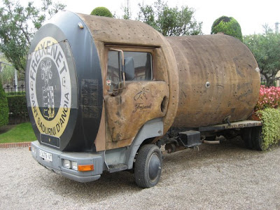 Ginormous Cork Truck Big Hit at Barcelona Wedding