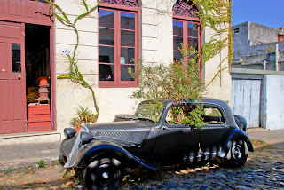 Vintage Garden Art car in Uruguay
