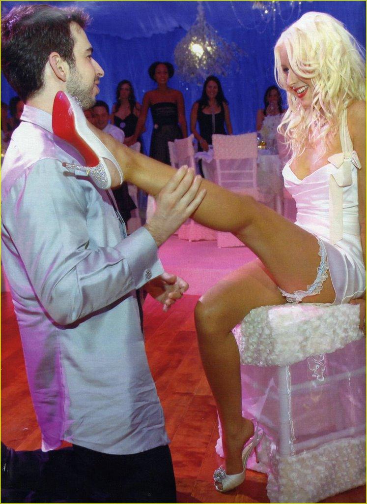 christina aguilera wedding dress