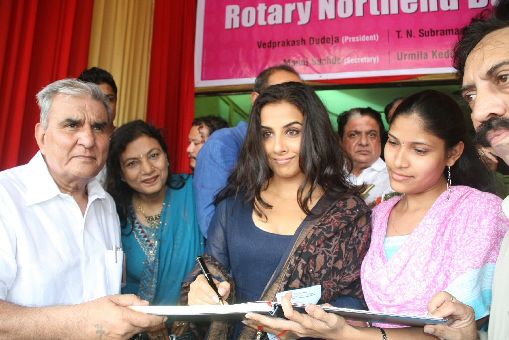 vidya balan launches rotary north end branch function latest photos