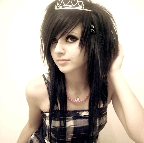 cute emo hairstyle. Getting a short emo haircut is easy, if you have straight hair.