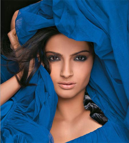 sonam kapoor wallpapers. See more Hot photos of Sonam