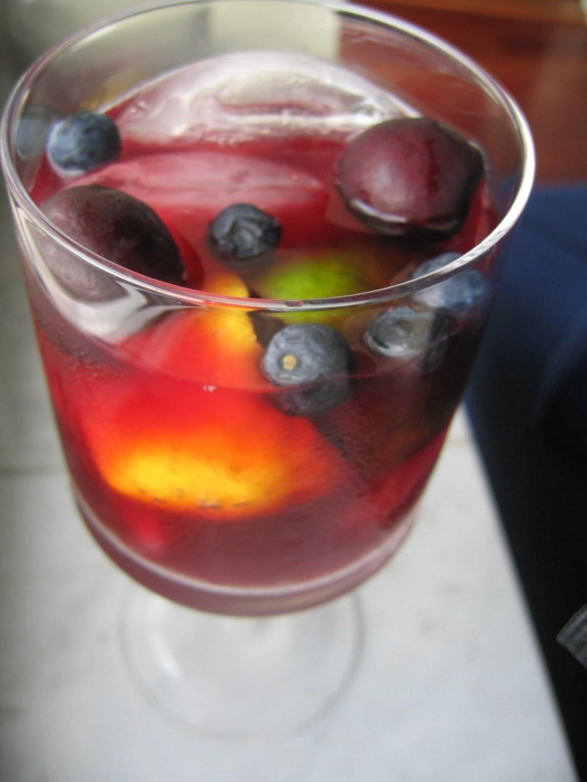 Classic Sangria Recipe — Dishmaps