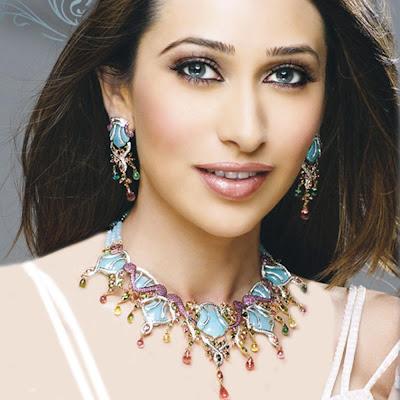 Karishma Kapoor hottest bollyood