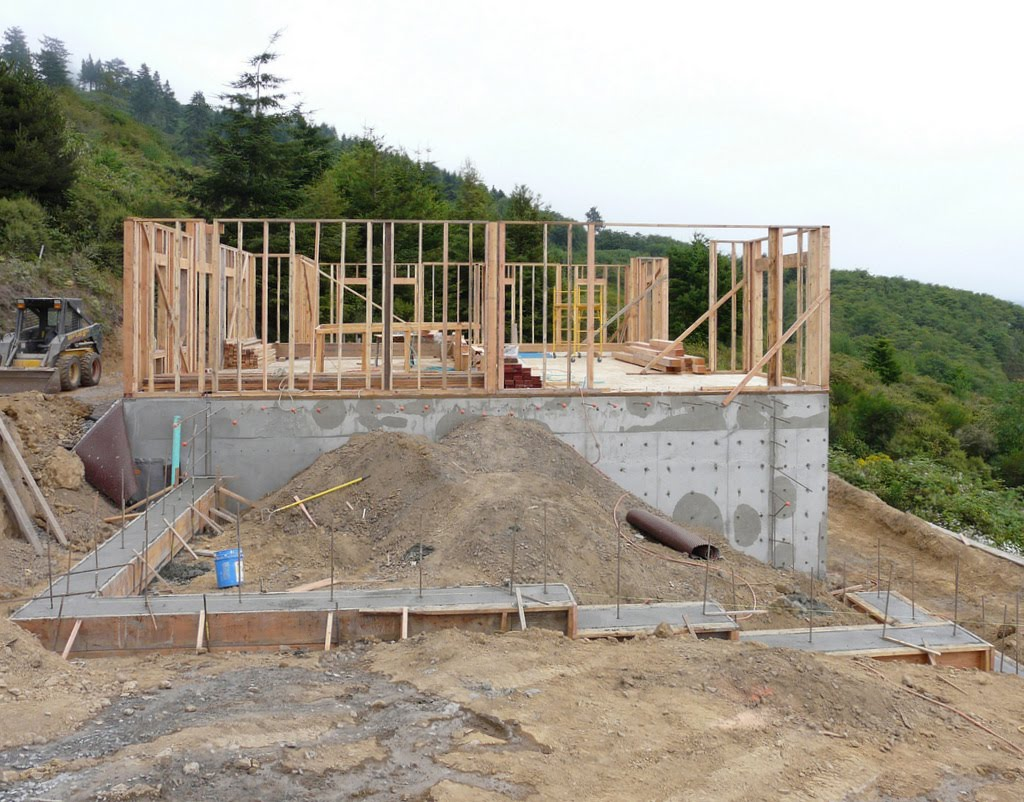 Bob linda build a house in brookings garage foundation for Foundation for garage