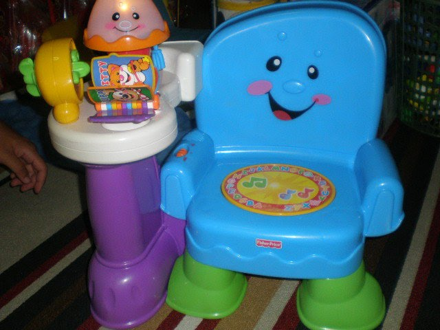 Fisher Price Laugh and Learn Song Learning Chair