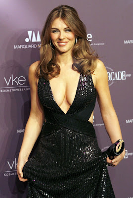 Elizabeth Hurley is still sexy