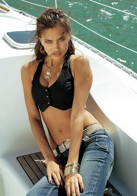 Irina Shayk - Luscious in lingerie