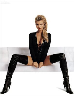 More Joanna Krupa Bikini pics