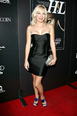 Anna Farris is looking really good