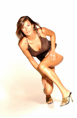 Italian Model Elisabetta Canalis is gorgeous