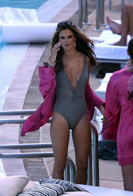 Alessandra Ambrosio Swimsuit Pics