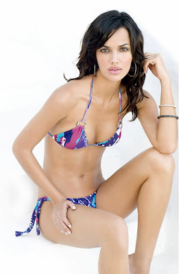 Michella Cruz Bikini Pics