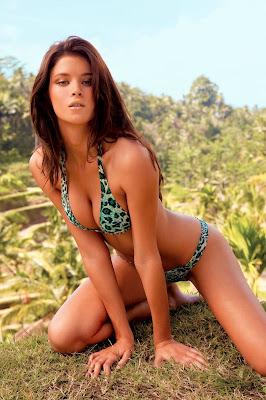 Jenna Pietersen is incredibly hot