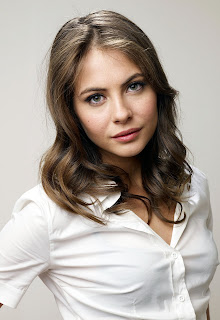 Willa Holland looking somewhat cute