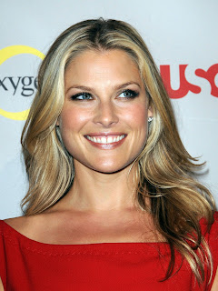 Ali Larter in red