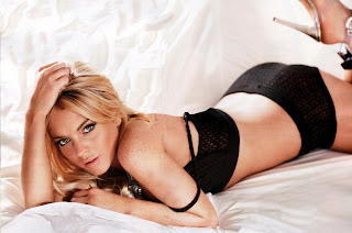 Lindsay Lohan is sexy in Maxim