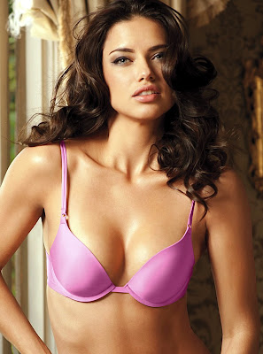 Adriana Lima is looking absolutely gorgeous in lingerie