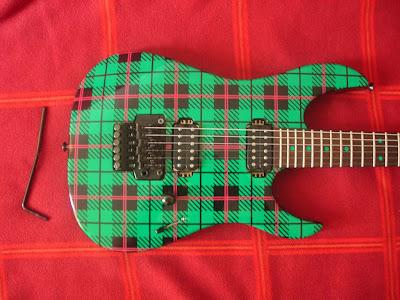Yamaha RGZ820R Blues Saraceno guitar