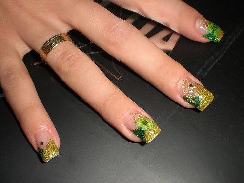 green_nailart