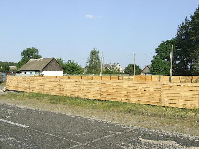 Готовый деревянный забор