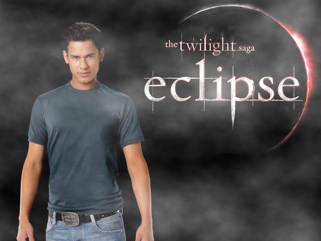 http://4.bp.blogspot.com/_xZRPtGQHELs/TKPx77pvC6I/AAAAAAAAATQ/MfWF2YRSv8o/s1600/Eclipse-Wall-eclipse-movie-12545810-1024-768.jpg