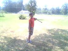 I like to golf, too!