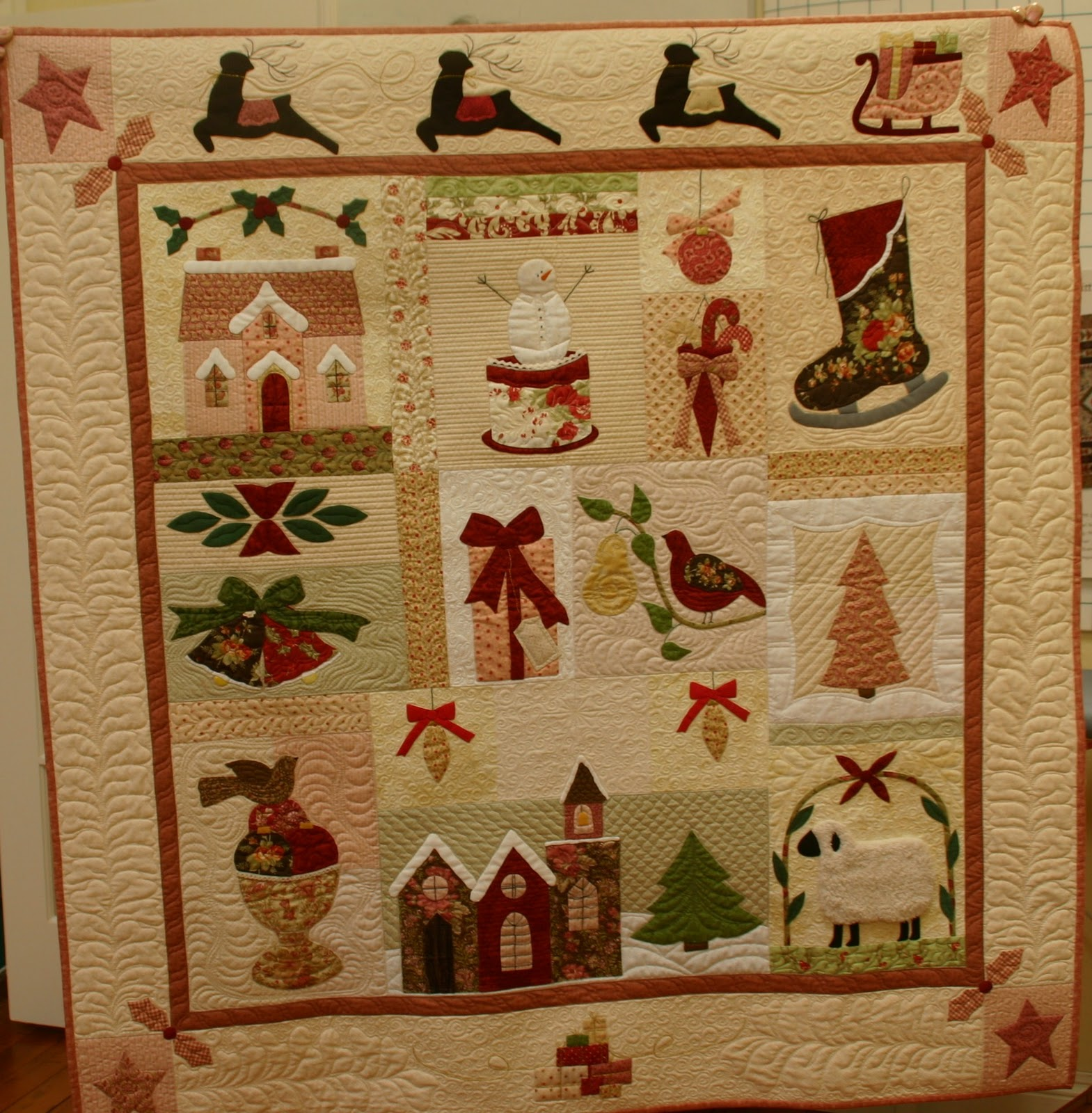 Sew'n Wild Oaks Quilting Blog: A Vintage Christmas : vintage christmas quilt - Adamdwight.com