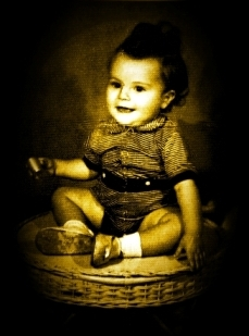 Beto Guedes ainda bebê - 1952