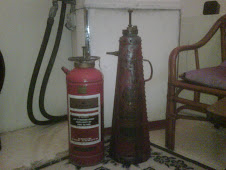 vintage fire extinguishers(Malaya)