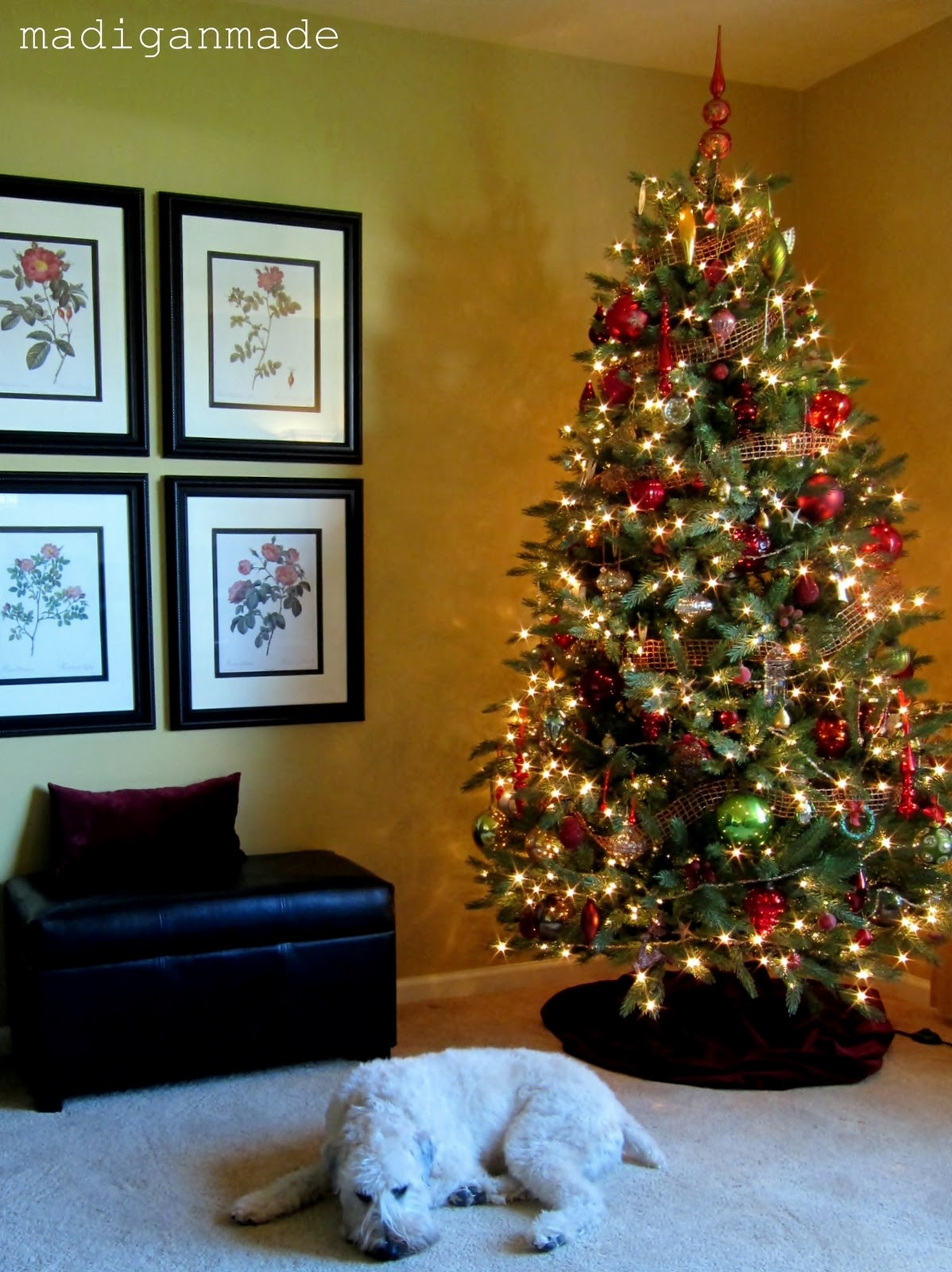 Simple steps for holiday decorating a house tour rosyscription publicscrutiny