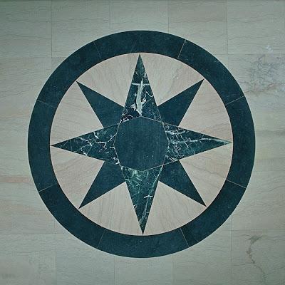 http://4.bp.blogspot.com/_xdN0QQwsP1A/STYb9s3BIyI/AAAAAAAAASc/uhD2rIhLEs4/s400/65.+Eight+Pointed+Star.jpg