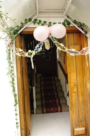 The life of a young expat ecuadorian baby shower for Baby shower front door decoration ideas