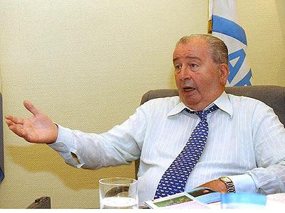 grondona acuso a bilardo y maradona por los barrabravas de sudafrica 2010