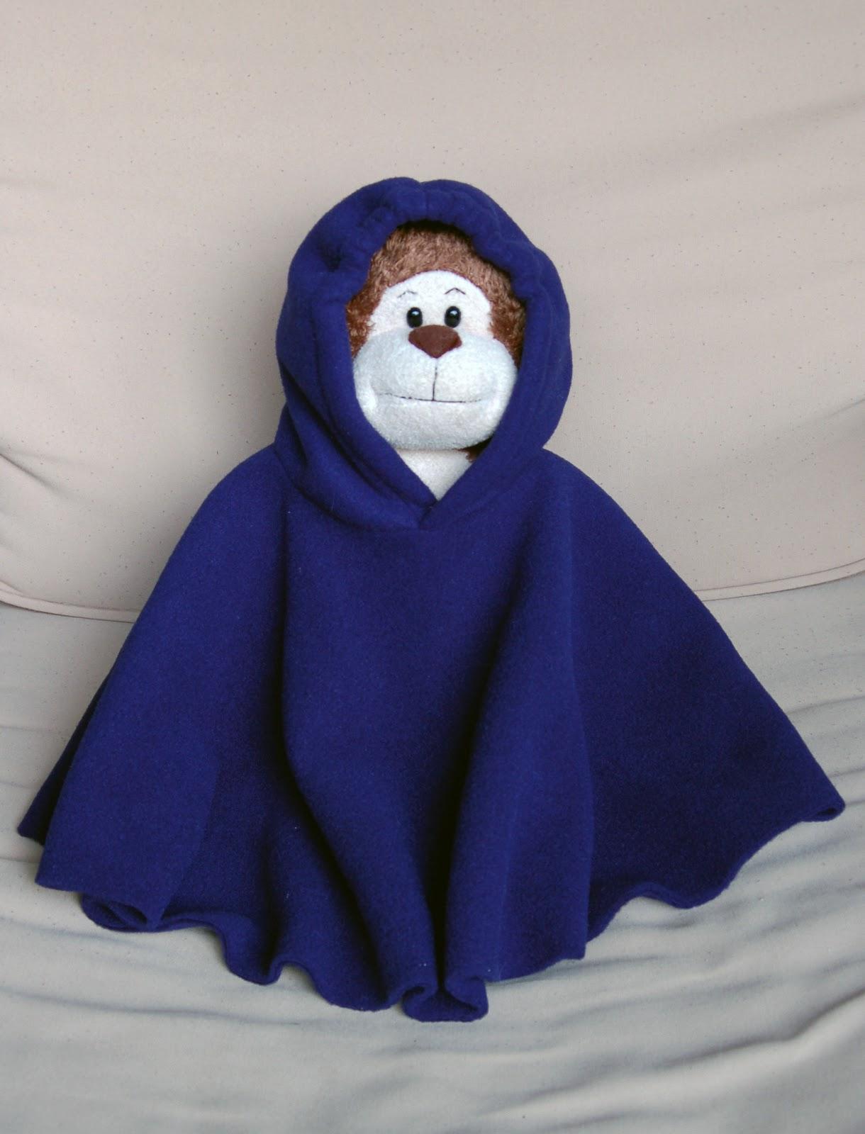 Sarah Jane Sews: Fleece Poncho for L.