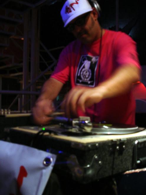 CURVA PELIGROSA DJ