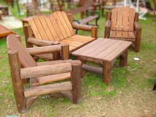 Muebles de jardin muebles jardin juego de sillas y mesa for Muebles de madera para jardin
