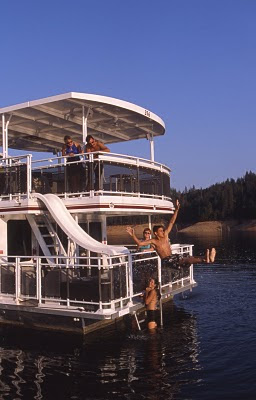 Lake Billy Chinook Houseboat Rentals and Vacation Information for