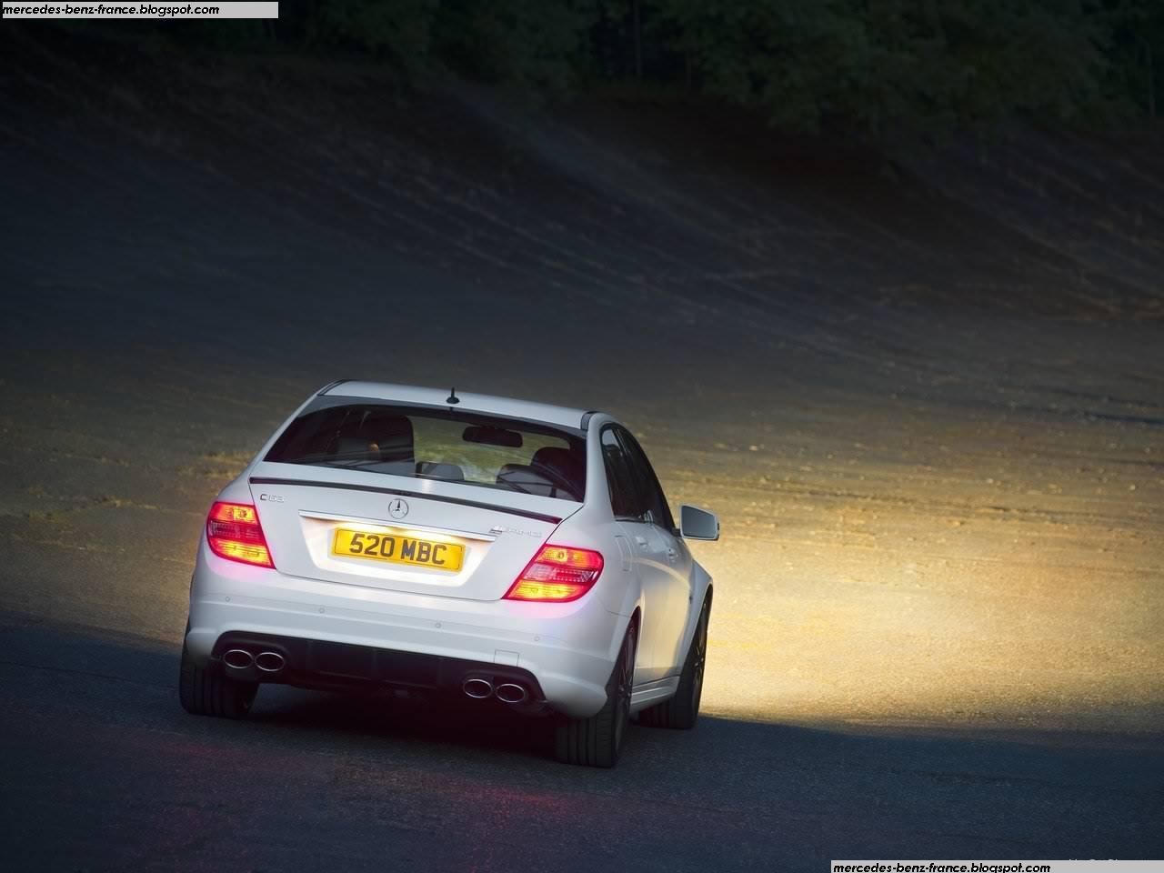 http://4.bp.blogspot.com/_xhqjRo6NERQ/TCy8AUecrtI/AAAAAAAAIlY/dZw_LnN4yjs/s1600/Mercedes-Benz-C-Class_DR_520_2011_1280x960_wallpaper_05.jpg
