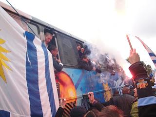 suarez forlan uruguay
