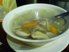 公館商圈重順川菜餐廳酸菜肚片湯