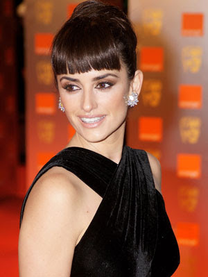 Penelope Cruz Hair, Long Hairstyle 2013, Hairstyle 2013, New Long Hairstyle 2013, Celebrity Long Romance Hairstyles 2049