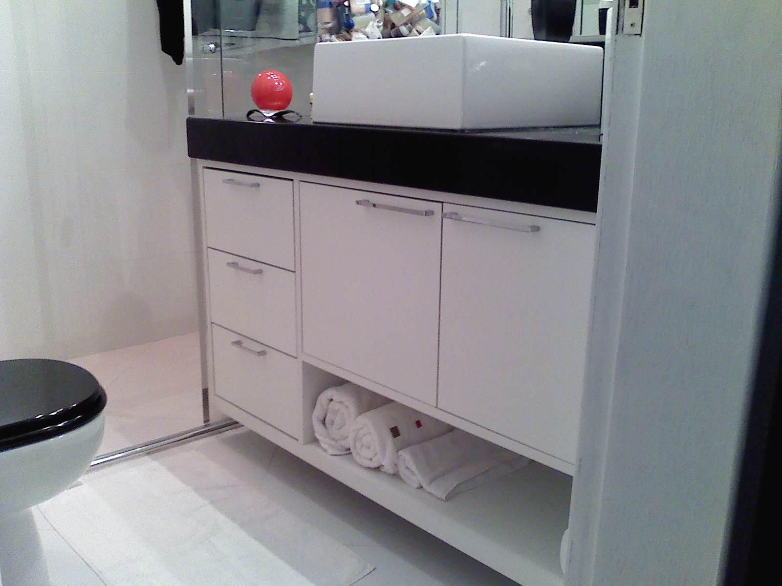 Brodt Tudo em Móveis Sob Medida: Balcão de Banheiro #4E5B62 1600x1200 Armario Banheiro Sob Medida