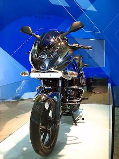 bajaj 220cc bikes