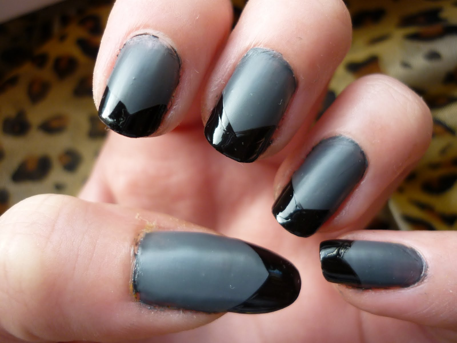 Nageldesign grau schwarz for Nageldesign matt