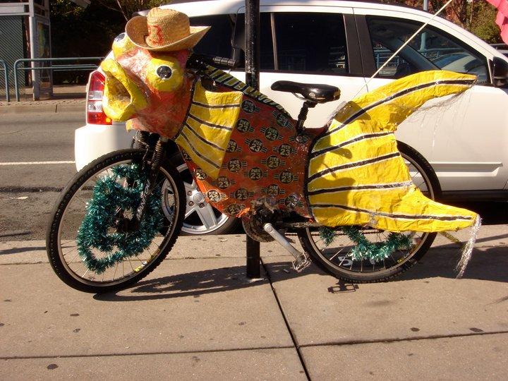 http://4.bp.blogspot.com/_xr5zEgm1DBk/TKgCQwdXUxI/AAAAAAAAEXc/dxtRAOQ_07A/s1600/Fish+Bike.jpg
