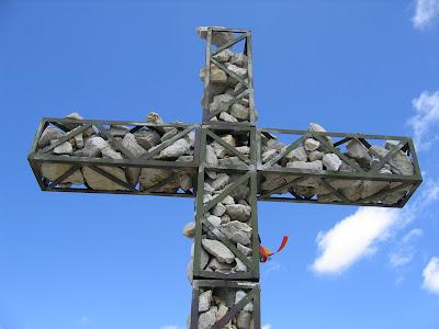 Gipfelkreuz Sassongher - Dolomiten Suedtirol