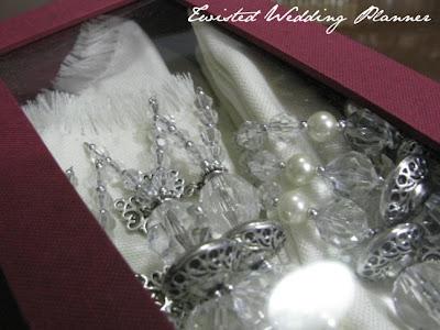 Souvenir Idea for Silver Wedding Anniversary My Mom's friend Tita Emma