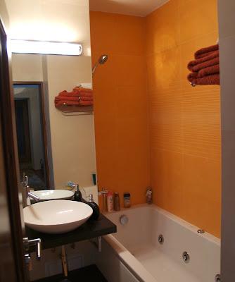 design baie pe portocaliu